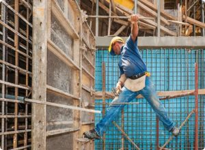 how to become a safety officer in construction and ensure work health and safety protocol compliance in the work place
