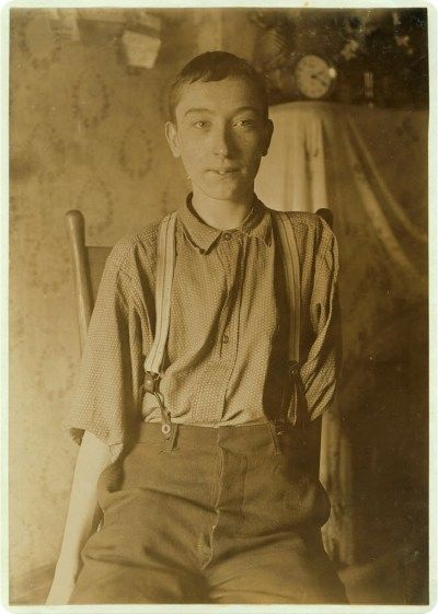 Harry McShane, aged 16. Photograph by Lewis Wickes Hine. Courtesy of Library of Congress & Wikimedia Commons